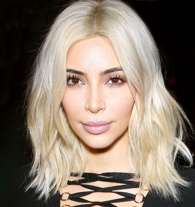 Blondes Vs. Brunettes - Slider - Kardashian Blonde