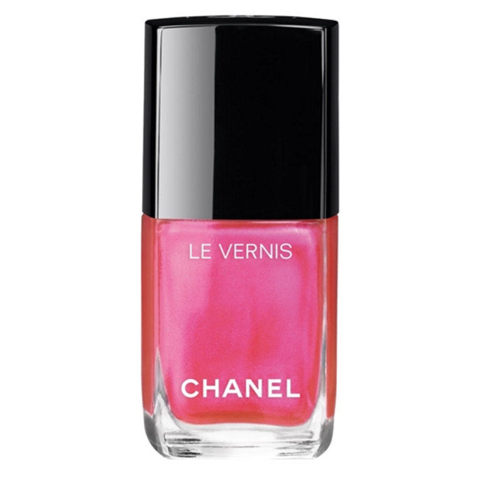 Chanel Le Vernis Longwear Nail Colour in Hyperrose Glass