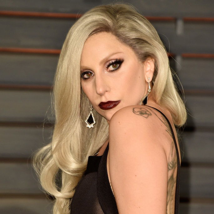 дама Gaga at the Vanity Fair Oscar Party in Beverly Hills, 2015.