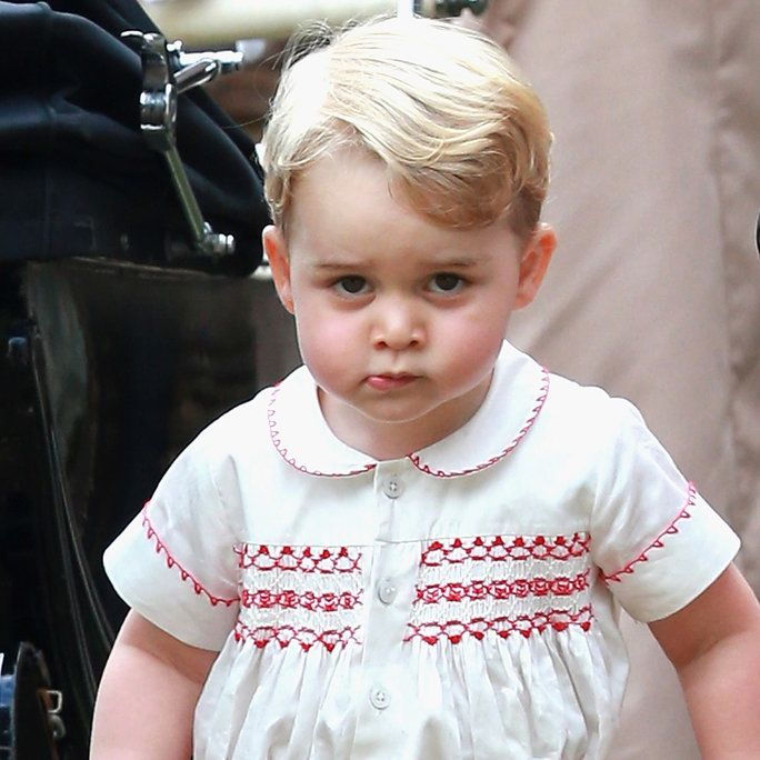 принц George at the Christening of Princess Charlotte in King's Lynn, England, 2015.