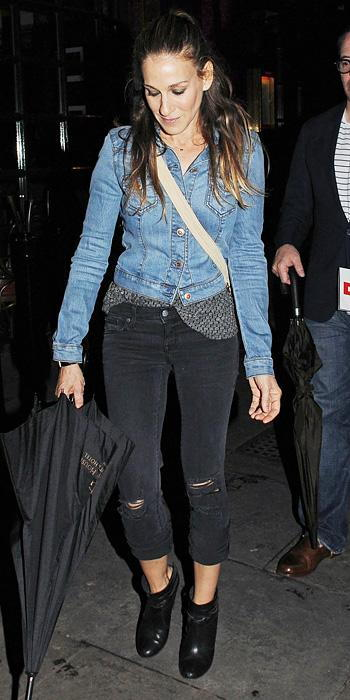 Σάρα Jessica Parker in denim jacket