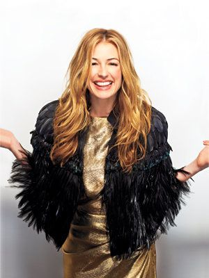 Μέσα Cat Deeley's Closet: Cat in a Prada Cape