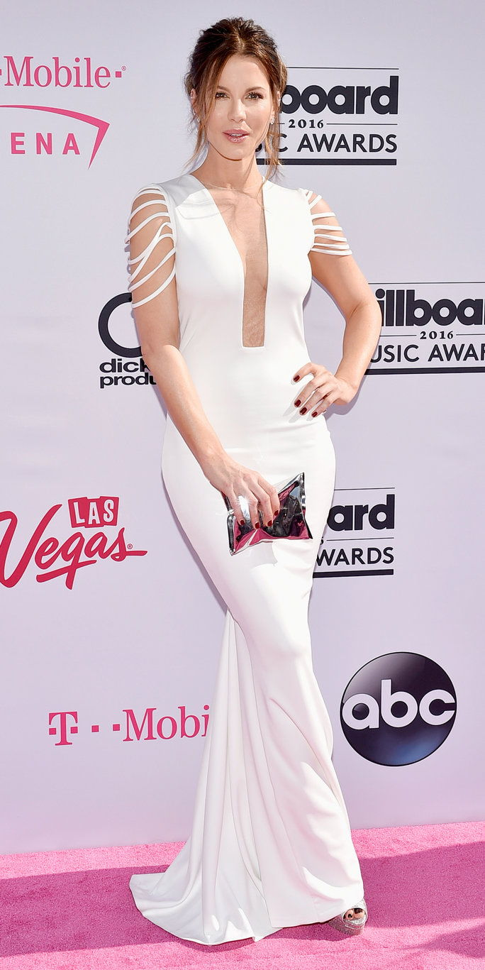 актриса Kate Beckinsale attends the 2016 Billboard Music Awards at T-Mobile Arena on May 22, 2016 in Las Vegas, Nevada.