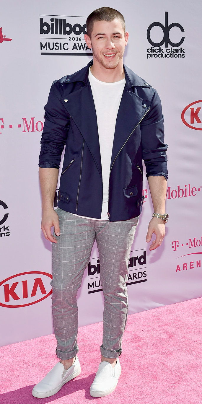певец Nick Jonas attends the 2016 Billboard Music Awards at T-Mobile Arena on May 22, 2016 in Las Vegas, Nevada.