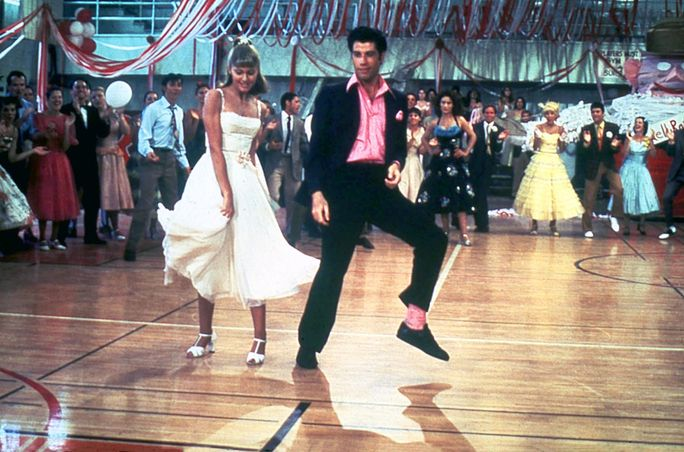 ΓΡΑΣΟ, GREASE US 1978 OLIVIA NEWTON-JOHN JOHN TRAVOLTA Date 1978. Photo by: Mary Evans/PARAMOUNT PICTURES/Ronald Grant/Everett Collection(10316238)