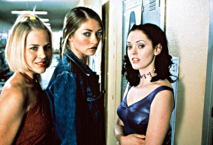JAWBREAKER, from left: Julie Benz, Rebecca Gayheart, Rose McGowan, 1999.