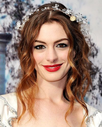 Anne Hathaway - 25 Stars in Red Lipstick - Red Lips