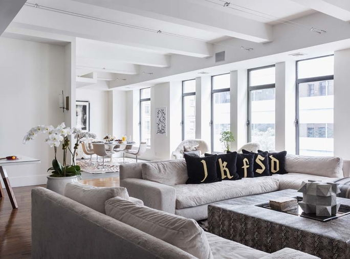 Τζένιφερ Fisher Home Tour - The Living Room