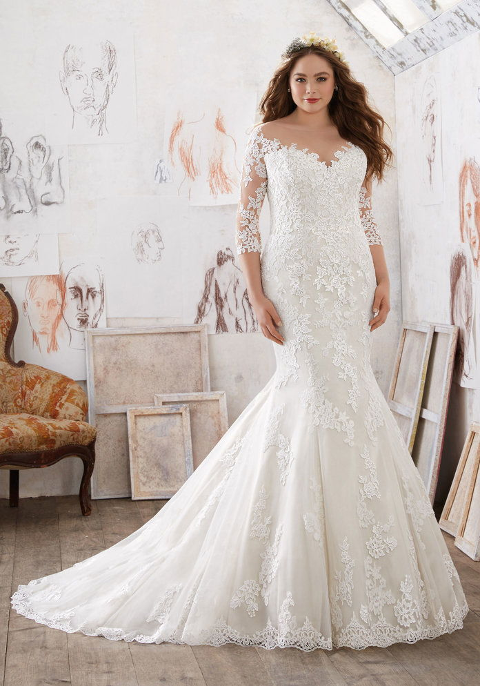 Μία Wedding Dress